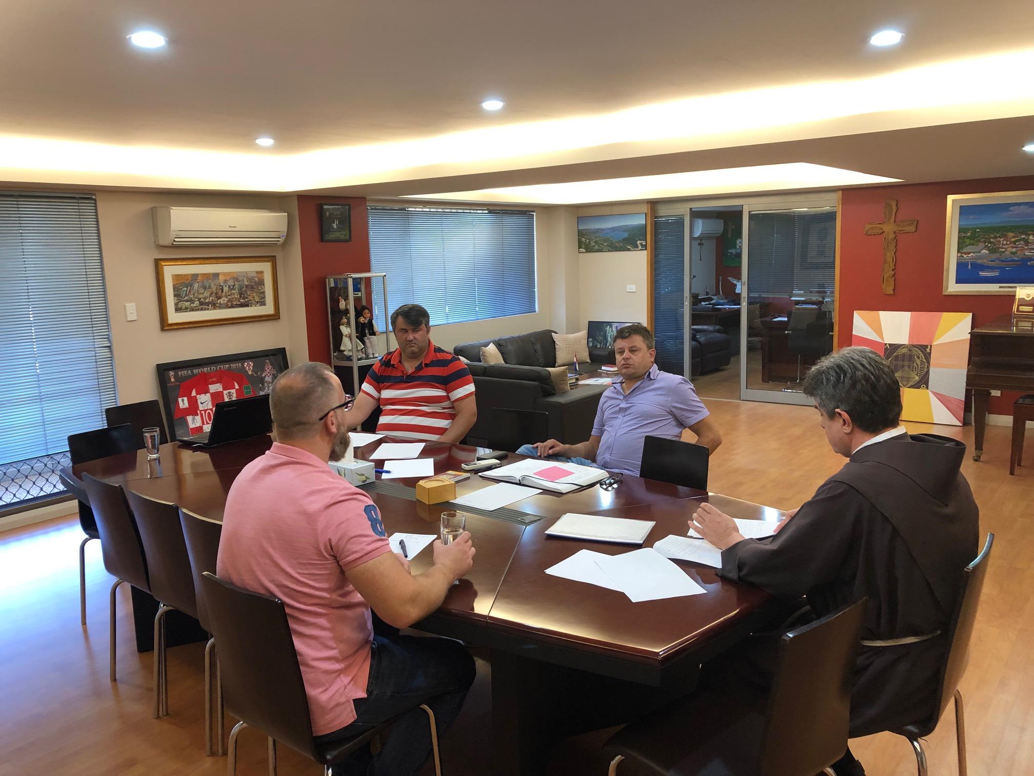 nedjelja susreće sastanke stvoriti dobar profil za upoznavanje putem interneta