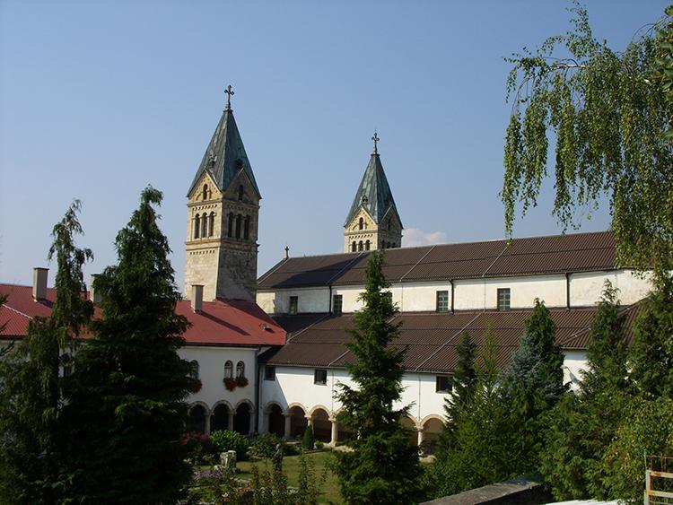 samostan_sv._franje_-_guca_gora_2_0.jpg